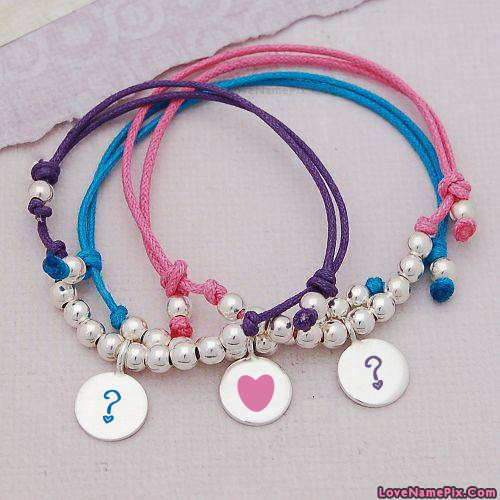 Write Name on Alphabets On Bracelets Picture