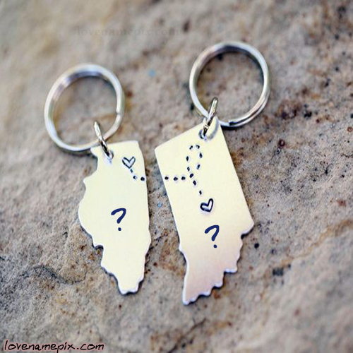 Write Name on Heart On Key Chain Picture